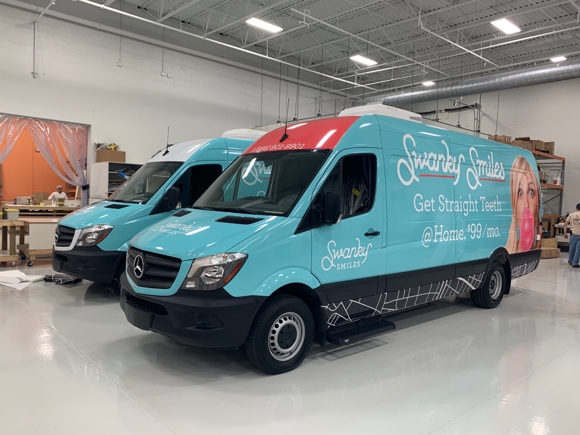 What to Consider Before Choosing Custom Vehicle Wraps & Graphics